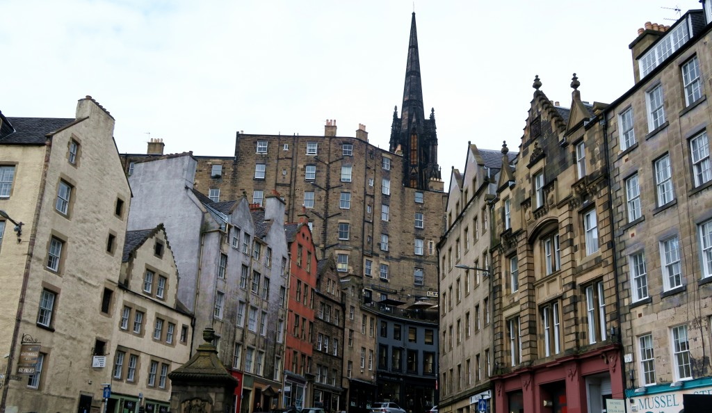 Edinburgh Scotland Budgeting City Break