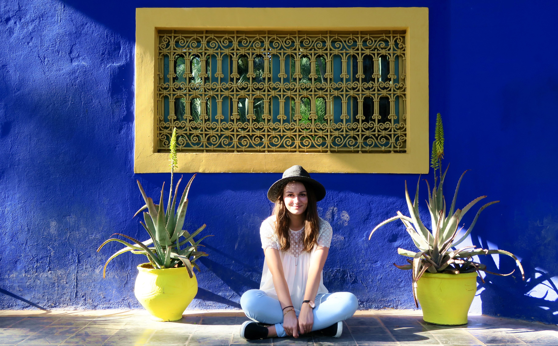Marakech Jardin Marjorelle Girl