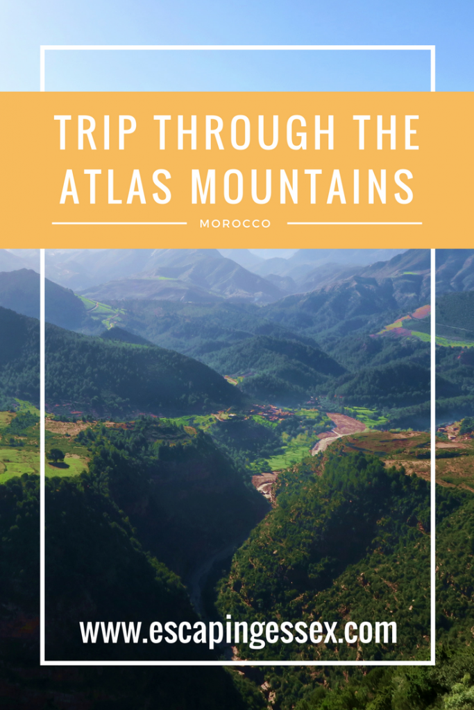 ROAD TRIP THROUGH THE ATLAS MOUNTAINS ON THE WAY TO THE SAHARA DESERT
