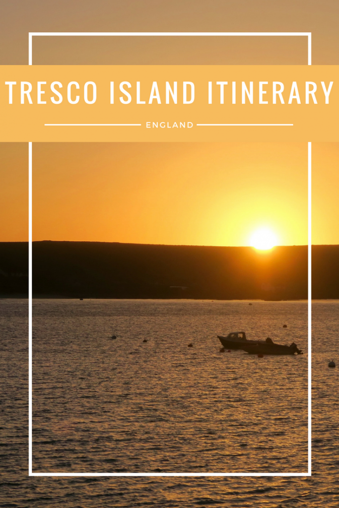 TRESCO ISLAND ITINERARY - A complete guide to Tresco Island in the Isles of Scilly (UK). A perfect picturesque beach filled island with plenty to do and see!