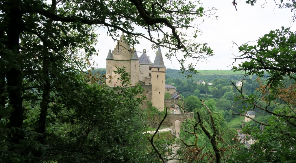 Walk to Vianden Castle