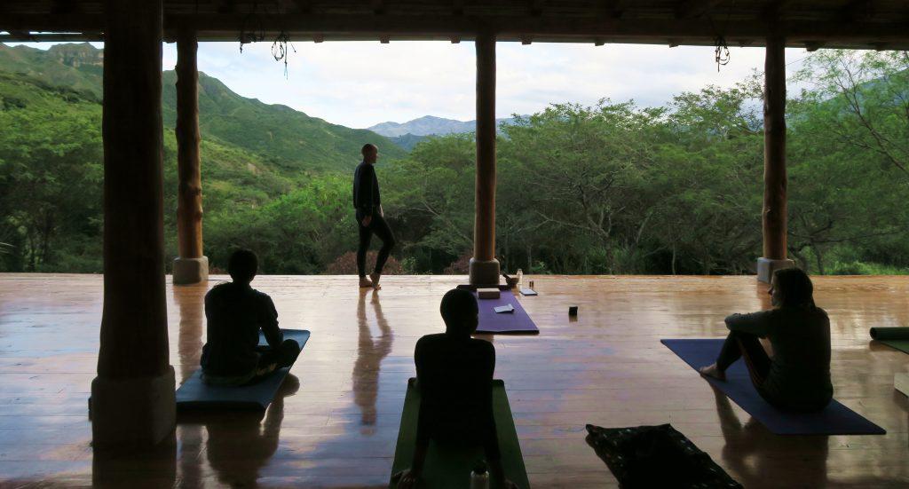 Yoga Studio Vilcabamba Hostel Izhcayluma