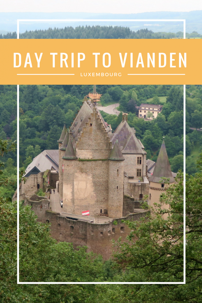 ESCAPING ESSEX - Looking for a good day trip from Luxembourg City? Vianden is the place to be! With an impressive castle and gorgeous side streets, it is the perfect place to explore!