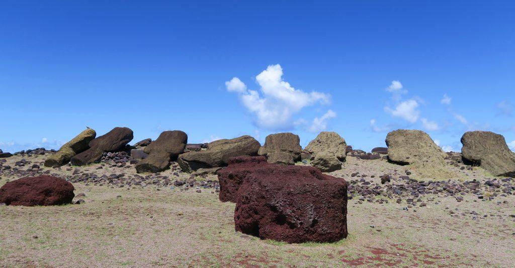 Fallen Moai Hanga Te'e
