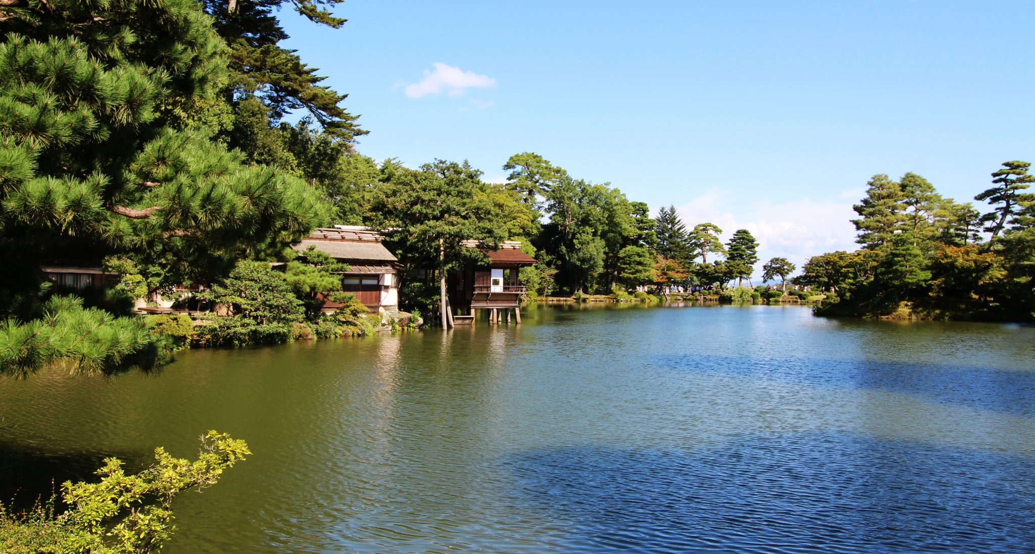 Lake of Kenroku-en Gardens in Kanazawa, Japan
