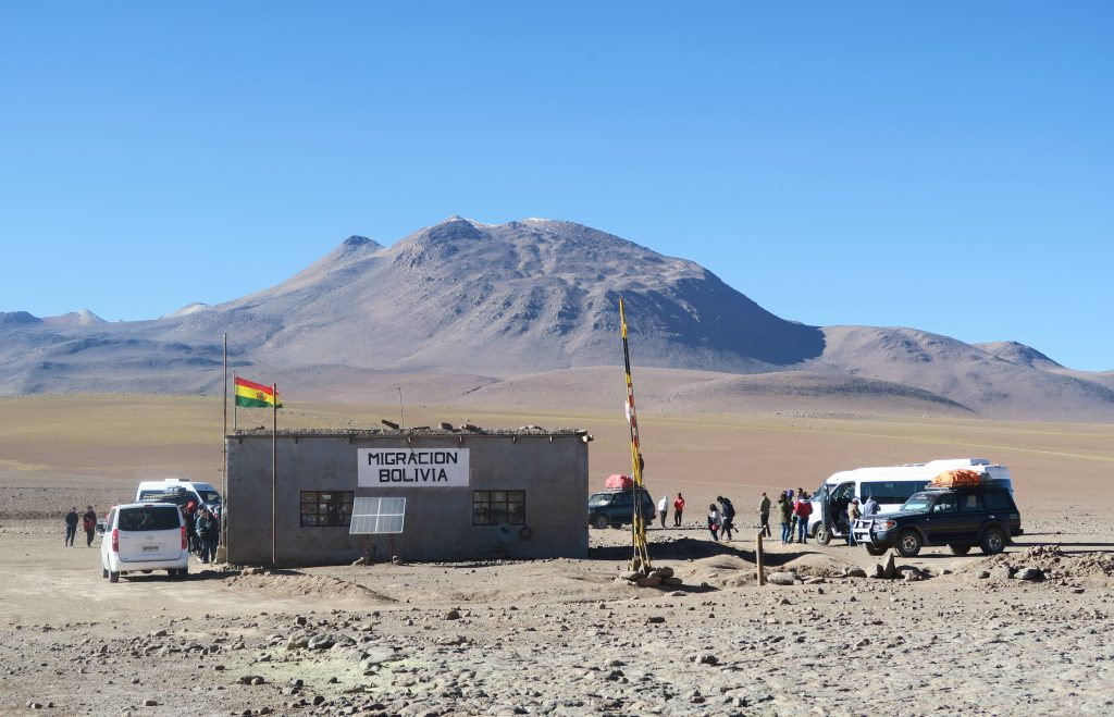 Bolivian border crossing from Chile to Uyuni