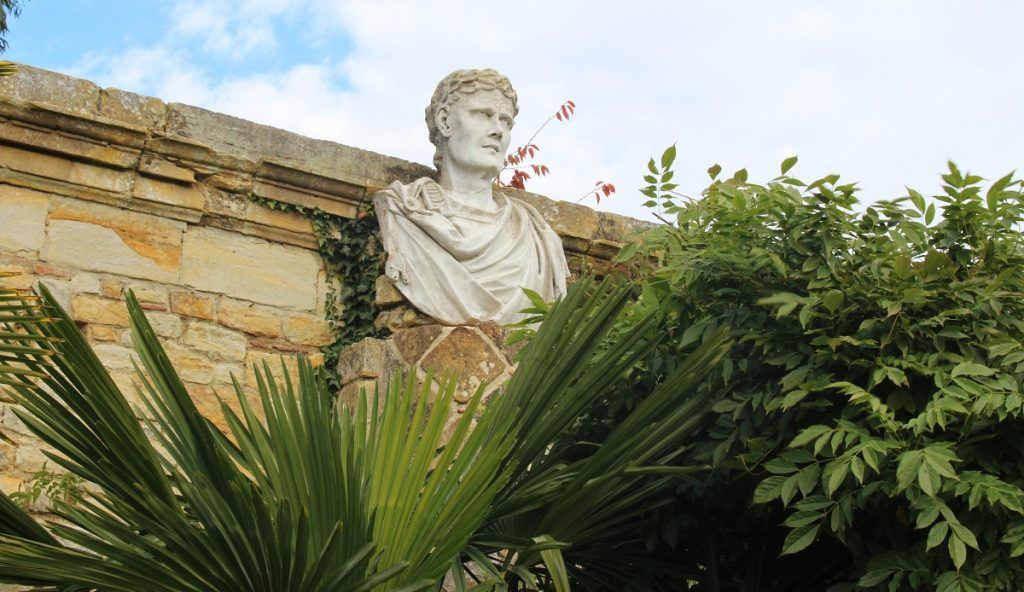 Statue at Hever Garden